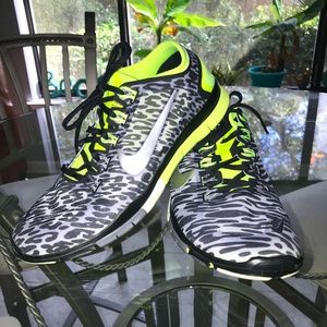 Nike Free 5.0 TR Connect Glow in the Dark Sneakers